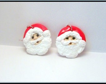 Earrings of Santa with polymer clay.