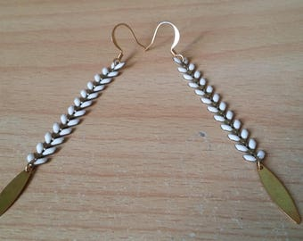 COB sequin gold chain earrings
