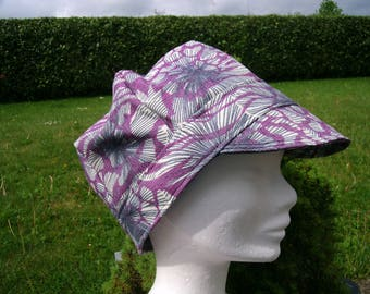 Stretchy Cap patterned purple grey.