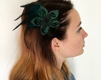 Feathers and satin fabric flower Barrette