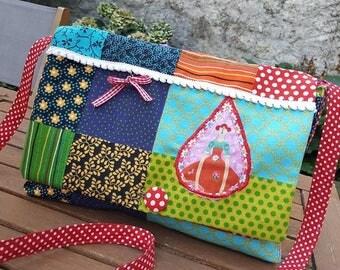 """A lady in my garden"" Messenger bag"