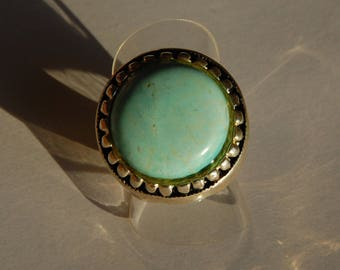 Turquoise round ring with high-end silver ring
