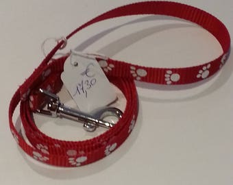 Red and white nylon dog or cat leash