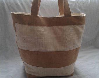 BAG has summer canvas and burlap