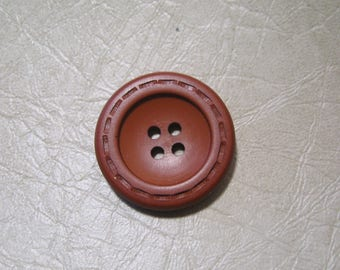 Button vintage 28 mm round, Brown, orange, synthetic, 4 holes.
