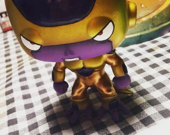GOLDEN FREEZER Customizado Funko Pop Dragon Ball Super. Customized Golden Freezer Funko Pop Dragon Ball Super