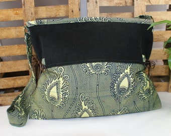 bag in dark blue and green African