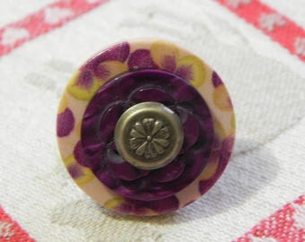 Adjustable ring thought purple