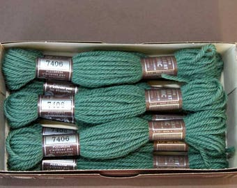 8 m skein 7406, green, 100% pure wool Colbert