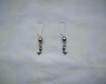 Mermaid earings with hematite