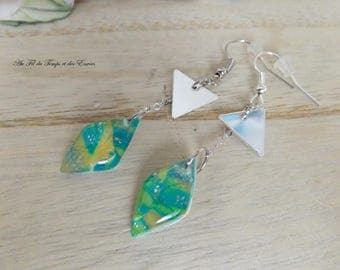 Drop Earrings peacock pearl and triangle