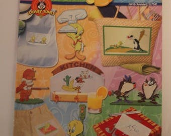 Tweety Bird LOONEY TUNES N 15 cross stitch pattern magazine