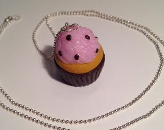 """Necklace polymer clay """"chocolate Strawberry cupcake"""""""