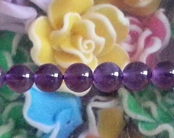5 Amethyst beads in 6 mm in diameter, hole 1 mm