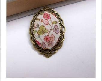 "Brooch ""skewer me"" floral vintage fabric"