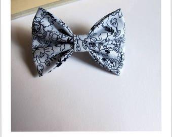 """hair bow """"clip - me"""" floral blue white"""