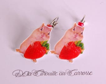 Earrings hamster and strawberry