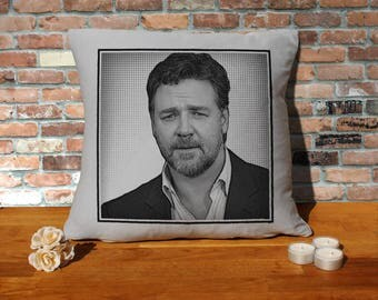 Russell Crowe Pillow Cushion - 16x16in - Grey
