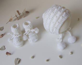 Béguin et chaussons bébé, taille 0-6 mois, blanc
