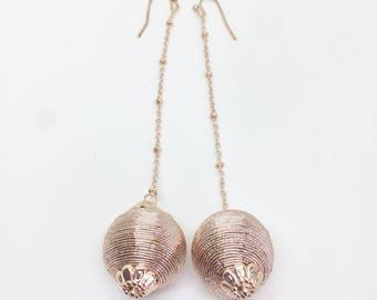 Gold Silk Thread Ball and Chain