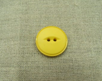 Acrylic button with 2 holes - 22 mm - yellow
