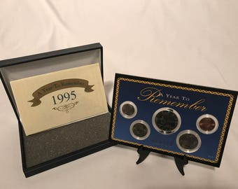 1995 Uncirculated Coin Set, A Year to Remember, American Historic Society, Blue Faux Leather Box