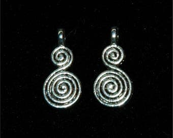 10 charms shaped gourd, double spiral, 18mm x 8mm #731