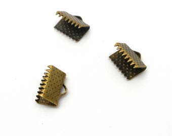 Lot of 10 8mm bronze claws