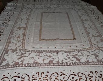 Antique French receipt tablecloth. Antique tablecloth vintage tablecloth in white embroidery and bobbin, napoleon 3 wedding tablecloth, lace