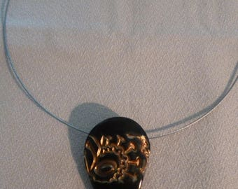 Choker necklace with Pendant in polymer clay black and gold