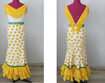 * ° ° ° ° Reserved * ° ° ° flamenco dress, Sevillanas, yellow and white crepe