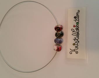 Necklace adjustable Interchangeable shades dark purple red and white