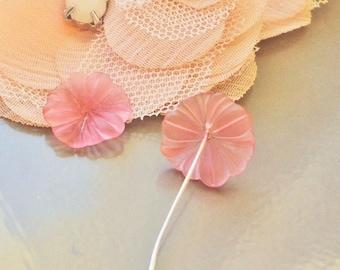 4 x pink acrylic flower beads