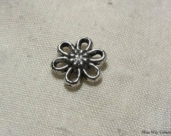 2 flowers in silver