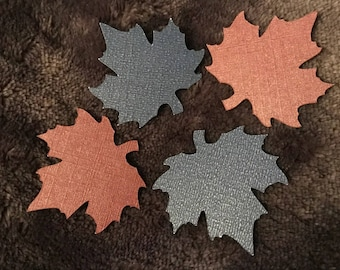 Set of four embellishments blue leaf-shaped dark mother of Pearl and purple Pearl