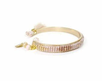 Rigid gold brass with pink and salmon pink old seed bead weaving bracelet
