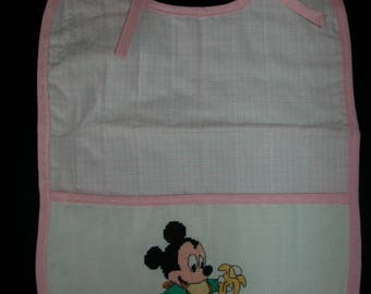 Girl pink bib embroidered with logo