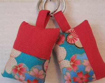 Set of 2 fabric Keychain (No. 164) fuschia flowers and Japanese