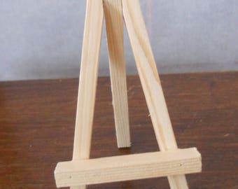 Mini easel pine size 7 x 11 cm