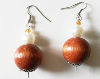 Brown and White Pearl Earrings