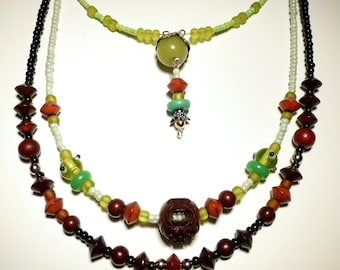 Necklace * CHOCO & pistachio * in green, Brown and Red