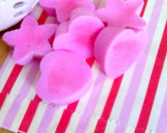 Highly scented - soy wax melts - home fragrance - flameless candle - Christmas gift - gift for her - wickless candle - pear drop scent