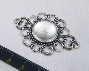 Vintage jewel connector and glass cabochon