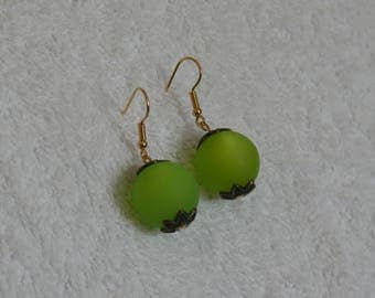 earring and Pearl Green