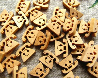 TELEPHONE - 6 14mm natural wooden buttons - 2 holes