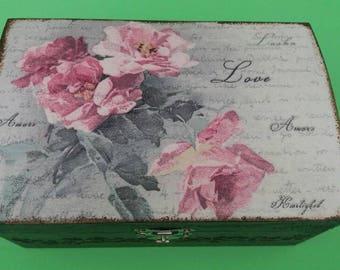 Vintage Style Trinket Box 'Amoré'