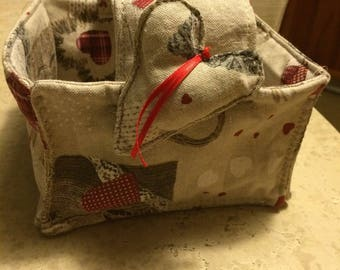 Perfect fabric baskets as door bread but also contain other