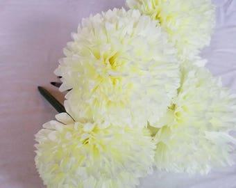 Ivory Petal Pouf Pen Bouquet- Set of 5
