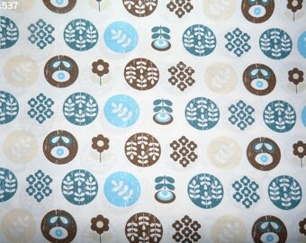 Retro Style C537 fabric blue and Brown coupon 35x50cm