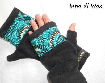 Pair of original wax and 05003 fleece mittens